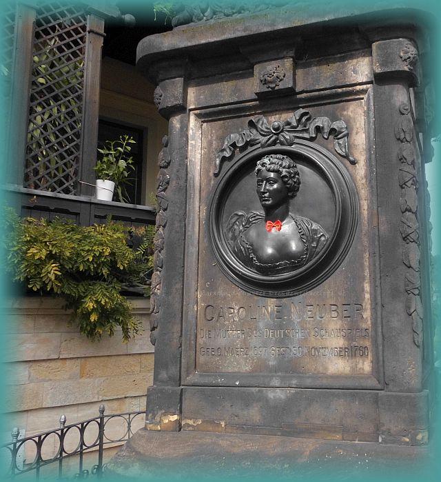 Neuberin Denkmal am Fährhaus Hesse in Laubegast