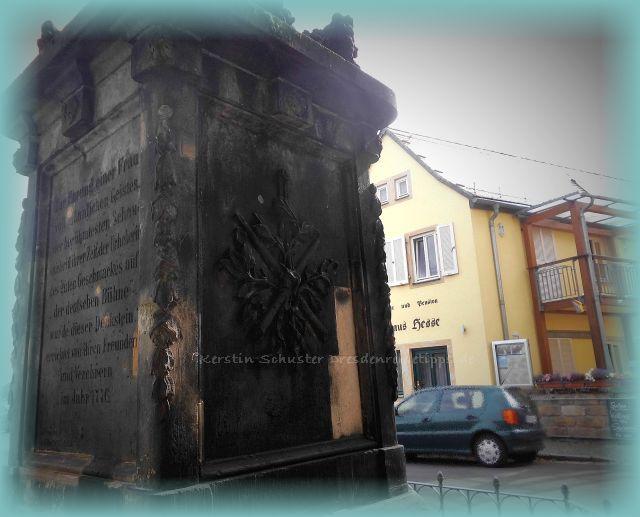 Denkmal Caroline Neubert am Fährhaus Hesse Laubegast