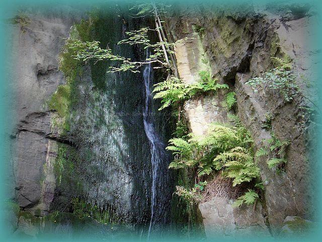natürlicher Wasserfall Langenhennersdorf