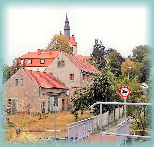 Dorfkirche und Reiterweg