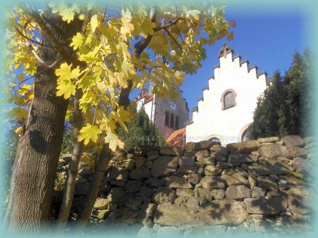 Dorfkirche mit Friedhof Weißig