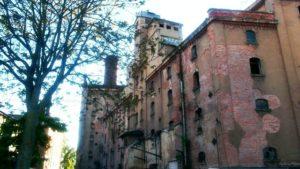 wohl größtes Industriedenkmal in Dresden zerfällt