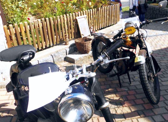 Opas Motorrad alt und cool