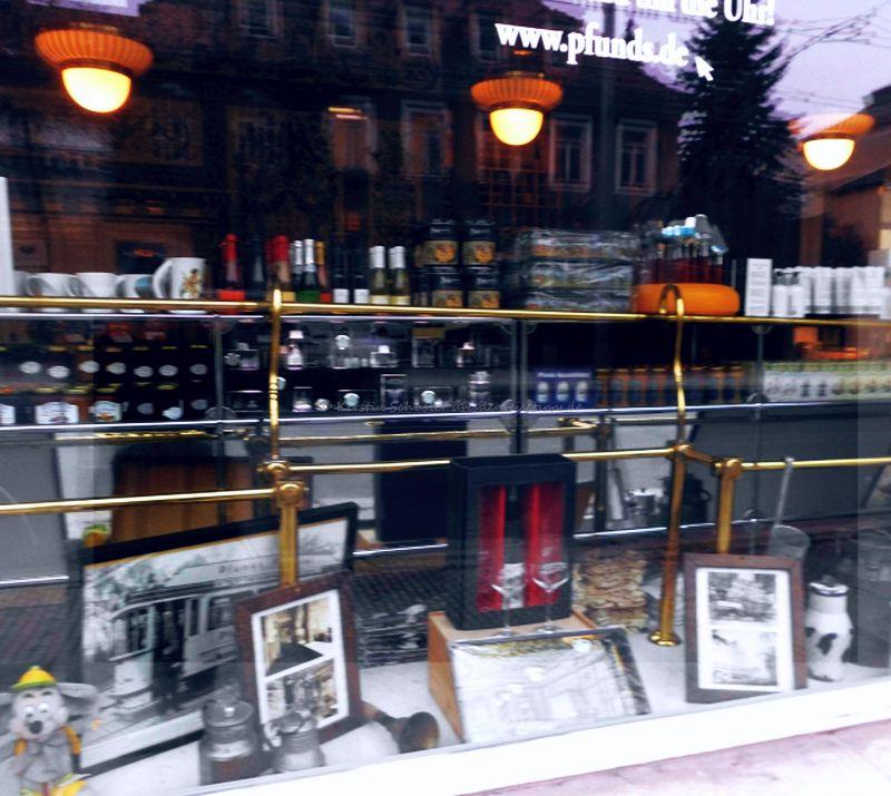 Schaufenster Auslage Pfundsmolkerei Bautzner Straße
