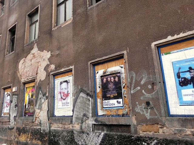 Hausfassade Dresdner Neustadt vergammelt