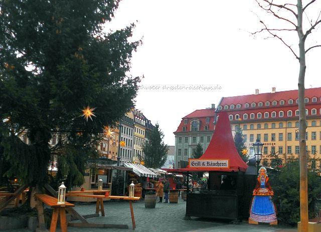 Kulinarisches auf dem Weihnachtsmarkt an der Frauenkirche Dresden