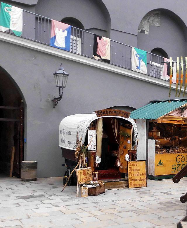 der besondere Weihnachtsmarkt im Dresdner Stallhof