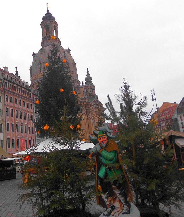 Weihnachtsmarkt Advent Tradition auf dem Neumarkt
