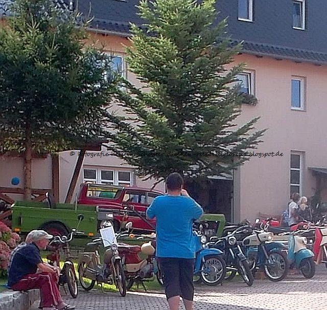 Motorradfreunde im Schönfelder Hochland willkommen
