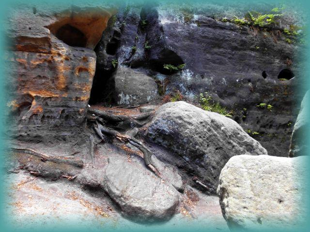 steinernes Labyrinth Langenhennersdorfer Waldgebiet