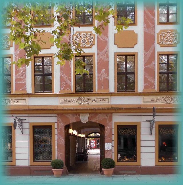 historische Häuserzeile Hauptstraße Dresden Neustadt