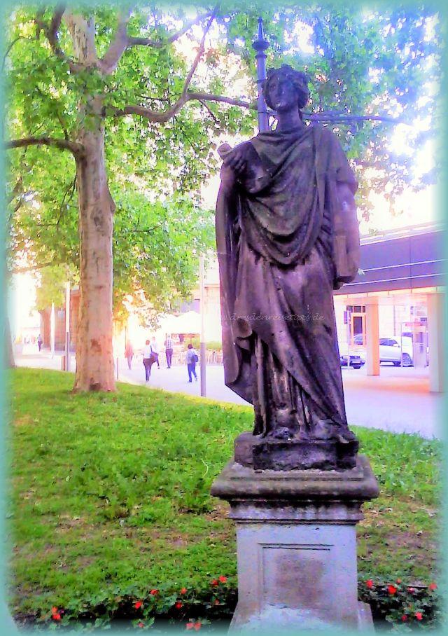 verschwundene Skulpturen Hauptstraße Dresden